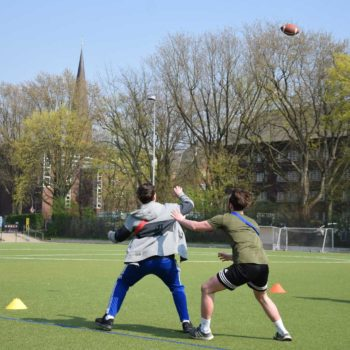 Kurs-beim-Flag--Football-Training