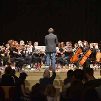 Orchester-beim-Fruehjahrskonzert-2019